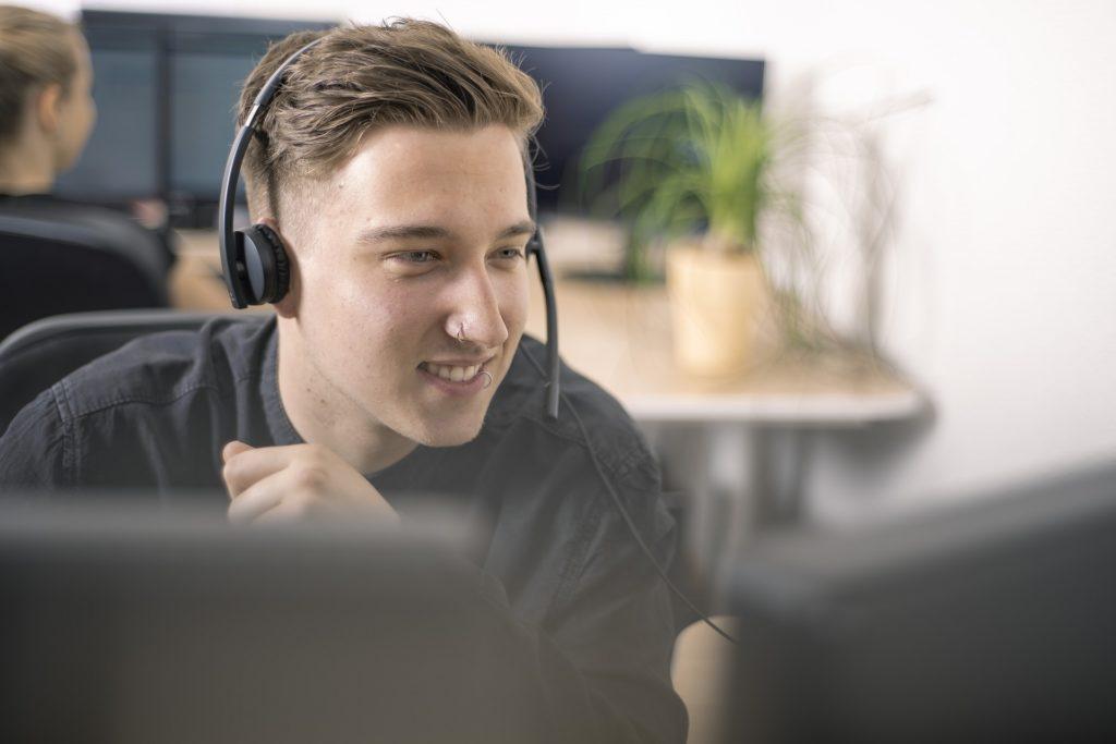 Kontakt und Support für MR Control